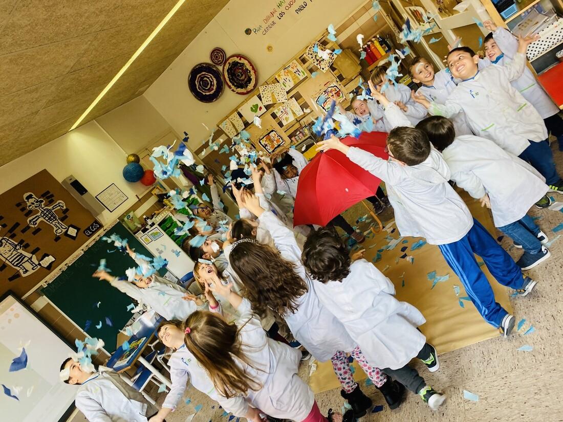 Amb el projecte EmoArt els alumnes d'infantil de l'escola FEDAC Montcada treballen les emocions i descobreixen l'art.