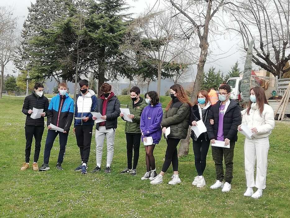 El projecte Era d'En Sellés també és una magnífica oportinitat perquè els nois i noies de 4t de secundària de l'escola FEDAC Vic creï les seves pròpies composicions literàries.