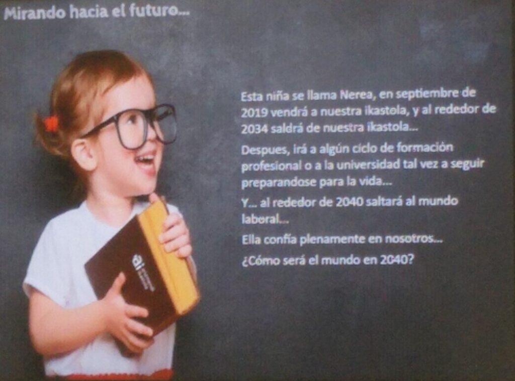 L'educació mira cap al futur, reflexió a l'Arizmendi Ikastola del durant la visita d'educadors FEDAC al País Basc.